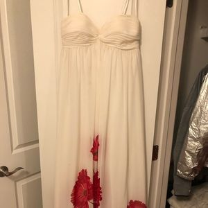 Dresses & Skirts - Beautiful long white maxi with flowers